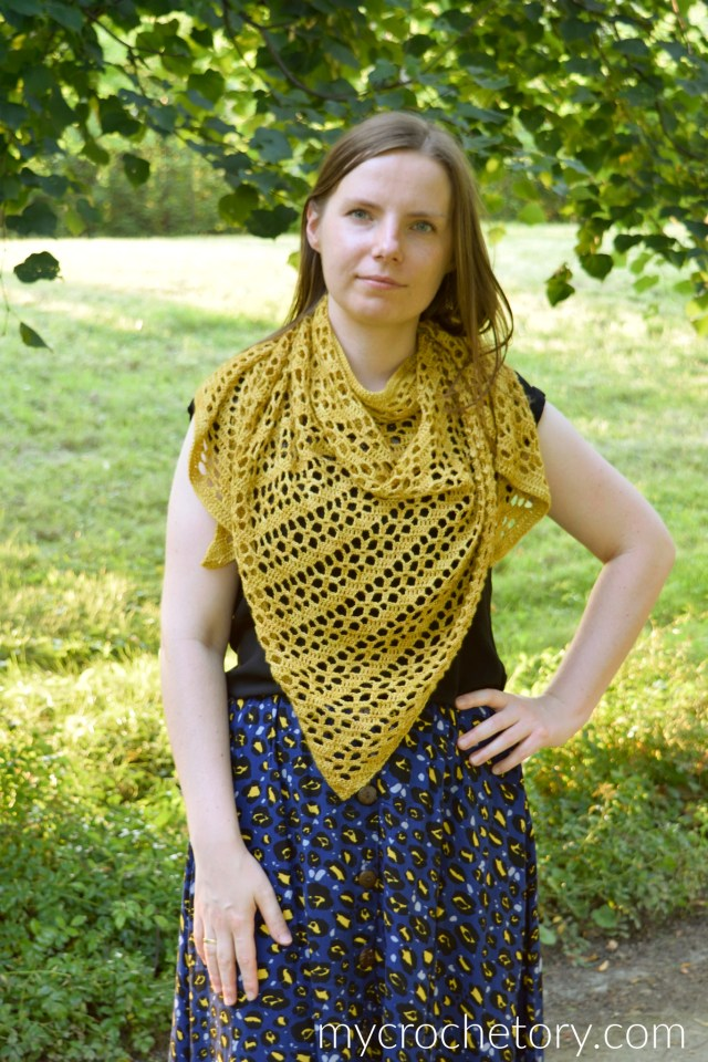 Goldenrod Crochet Shawl - free crochet triangle shawl pattern on my blog mycrochetory.com