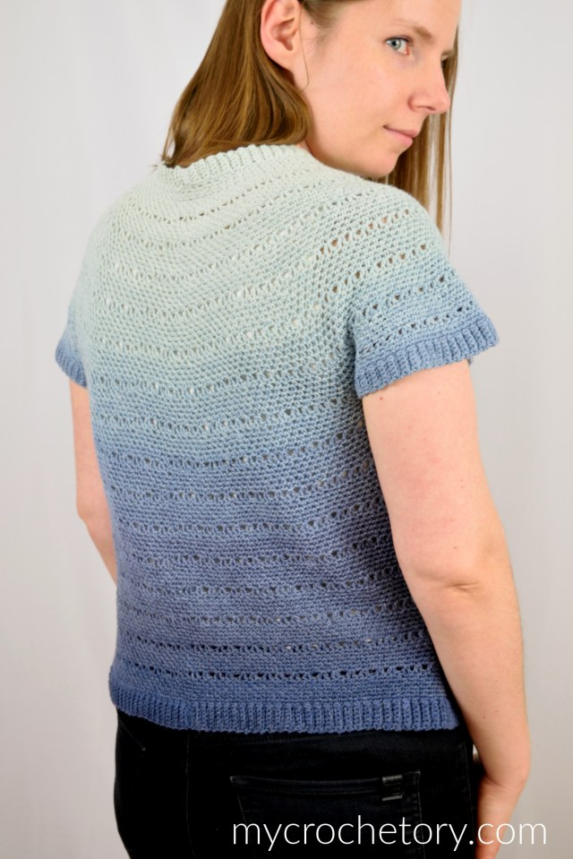 Get yourself ready for spring with this fun and lightweight crochet tee. Follow the free crochet pattern and learn how to make the Willow Tee. Free crochet pattern on my blog www.mycrochetory.com