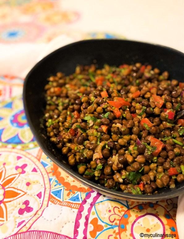 Kala Chana Chaat / Black Chickpeas Salad