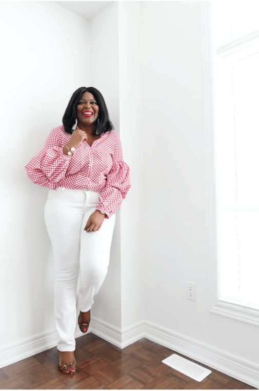 5 places to buy Affordable plus size clothing in Canada- Gingham top and white denim- Assa Cisse-mycurvesandcurls.com