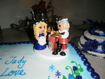Franklin's Drumming Cake Topper