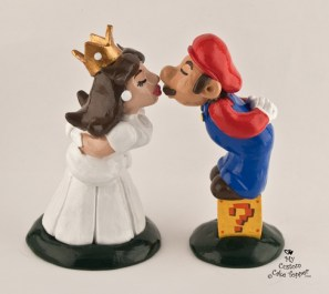 Mario And Princess Peach Mario Brothers Cake Topper