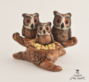 Great Horned Owls With Baby Wedding Cake Topper