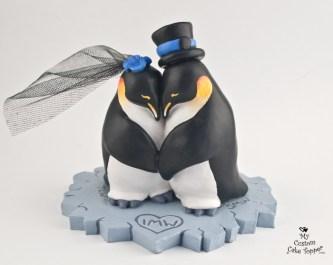 Penguins In Love Wedding Cake Topper