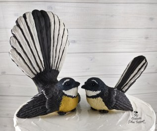 Birds Realistic New Zealand Fantail Custom Cake Topper