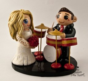 Bride and Groom Drums in Red and Gold Cake Topper