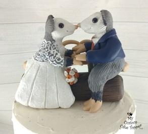 Opossum on a Log Cake Topper
