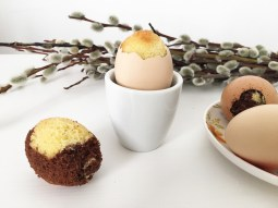 Cake in egg 03
