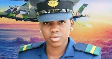 throwback video of when the late tolulope arotile was decorated as the first female combat pilot
