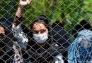 Afghan Women 'Enveloped' In Fear as Taliban Sack Female Bank Workers