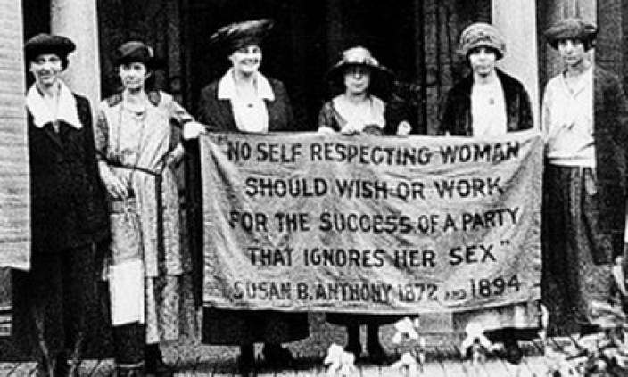 Suffrage protestors.jpg