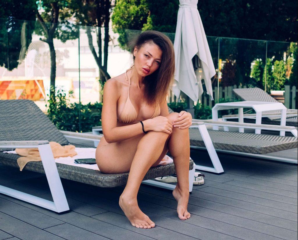 woman bikini sexy