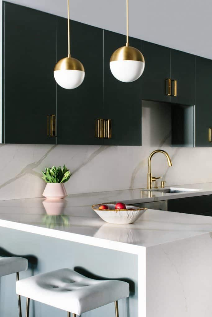 Small Kitchen Ideas 2021: Best 8 Trends and Design ...