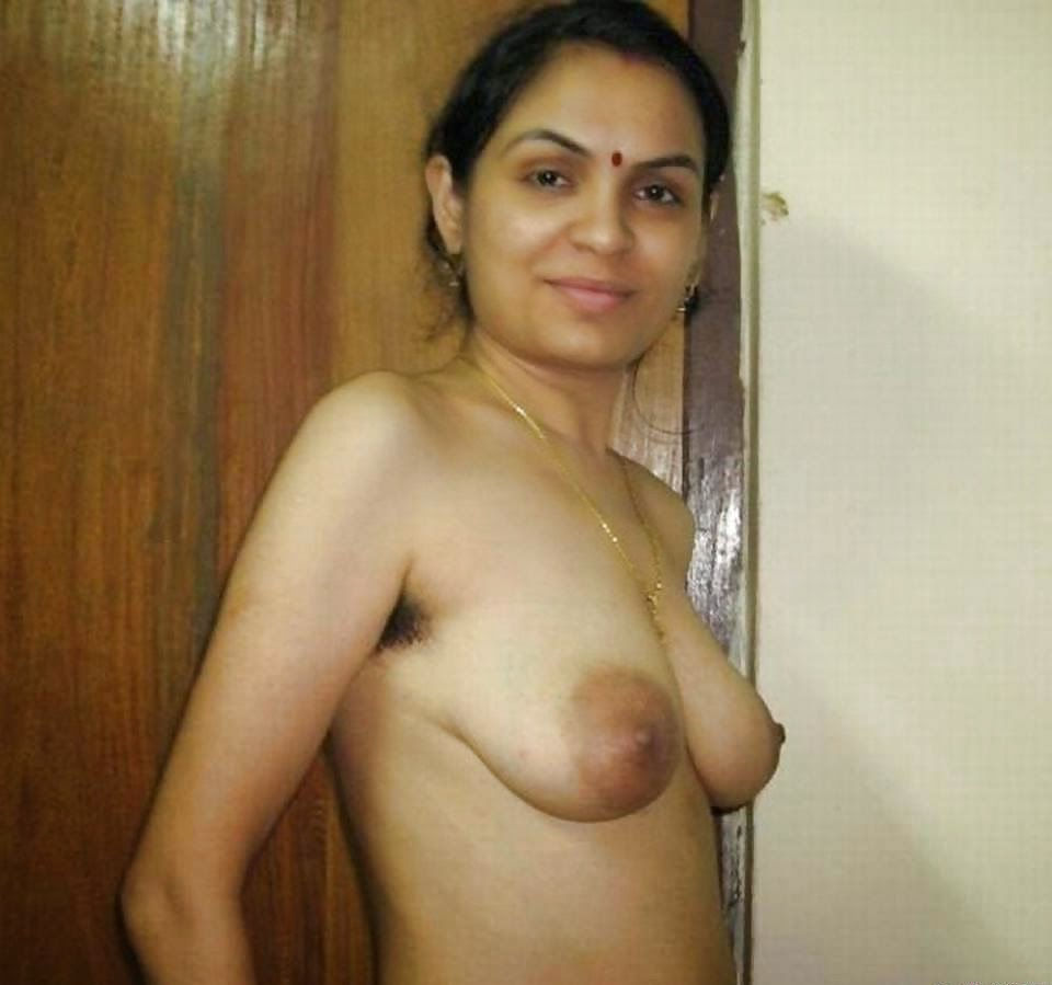 Gujrati aunty nude photos