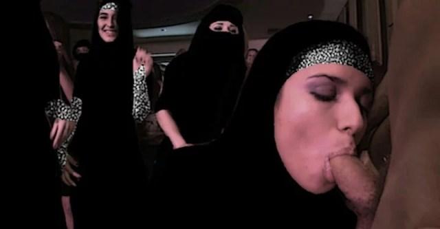 Порно Арабы Группа