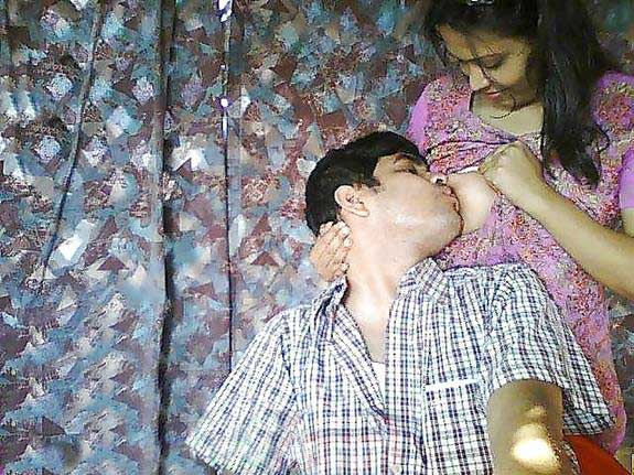 indian-boobs-sucking-videos-backyardigans-masturbate-porn