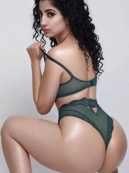 Pakistani pornstar Nadia Ali sexy photo