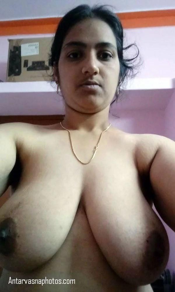 aunty ke really big latke boobs