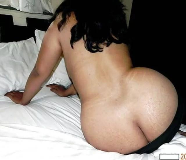 nude sexy aunty ki gaand aur back ki pic