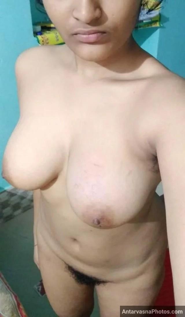 khadi ho apni Big boobs choot pic yar ko bhejti hot babe