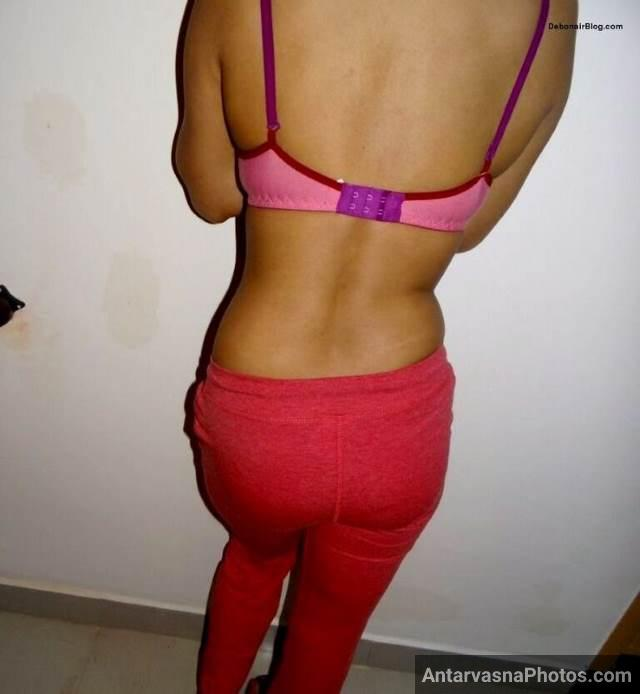 padosan stripping naked for hubby pics