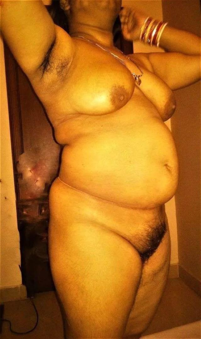 Desi Randi Naked Sexy Pic