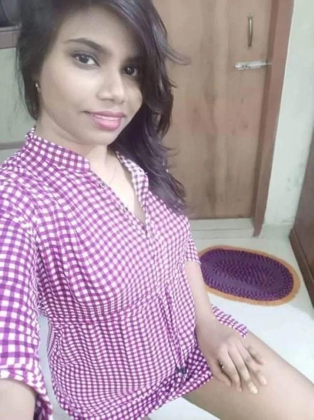 hot parul bedroom me pajama utar selfie leti