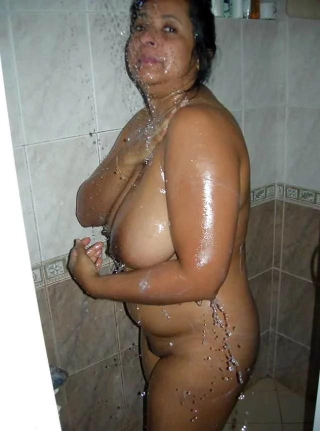Hot Telugu Bhabhi Big Boobs Bathroom