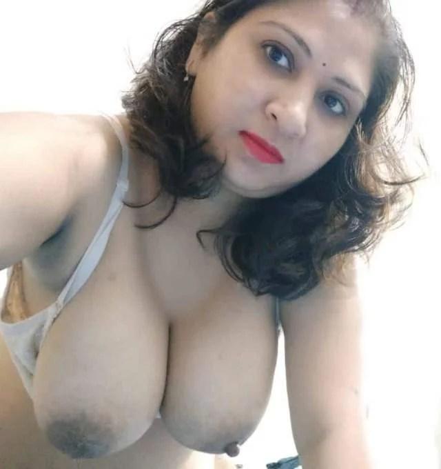 indian bhabhi big boobs photos