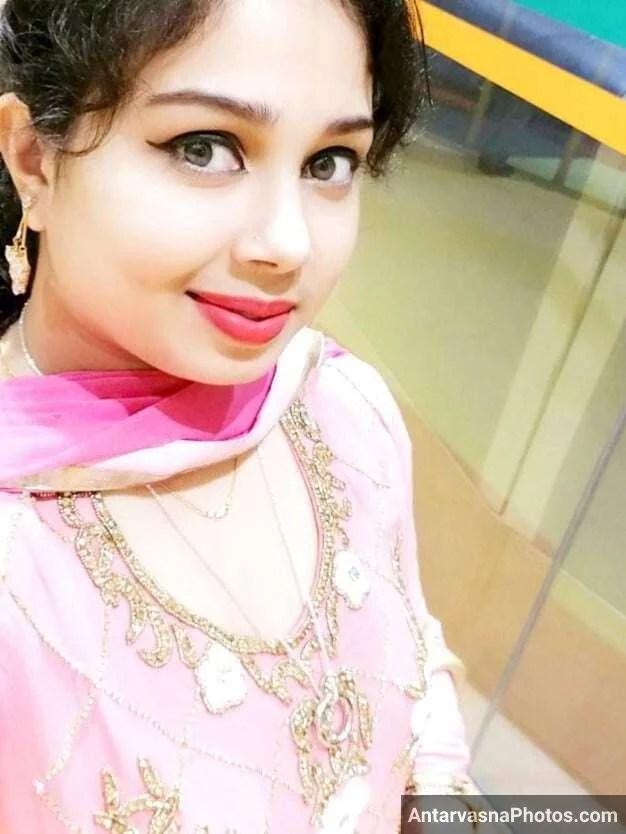 sexy marathi big boobs bhabhi girlfriend selfies 75