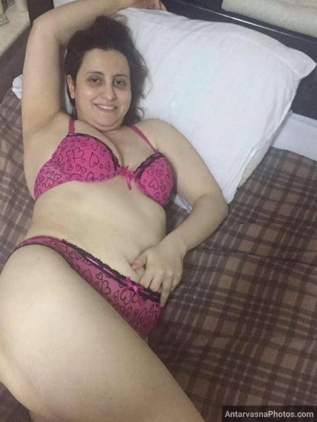 moti sexy pakistani aunty xxx photos 10