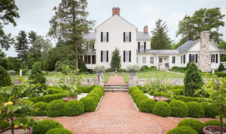 Historic Cottage Home Tour 13 Baths Made For Lounging And