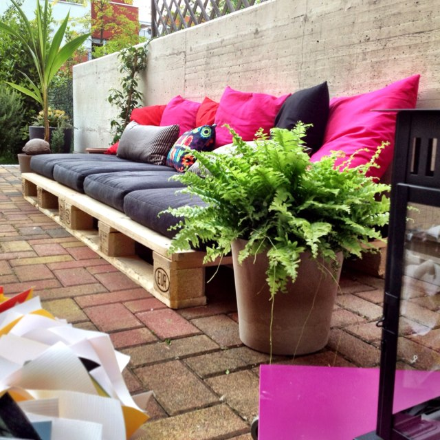 Diy pallet sofa ideas9