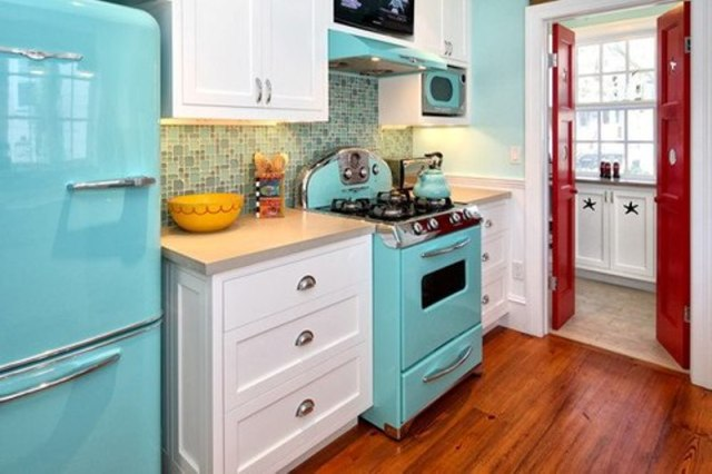 A smart way to give color to your kitchen2
