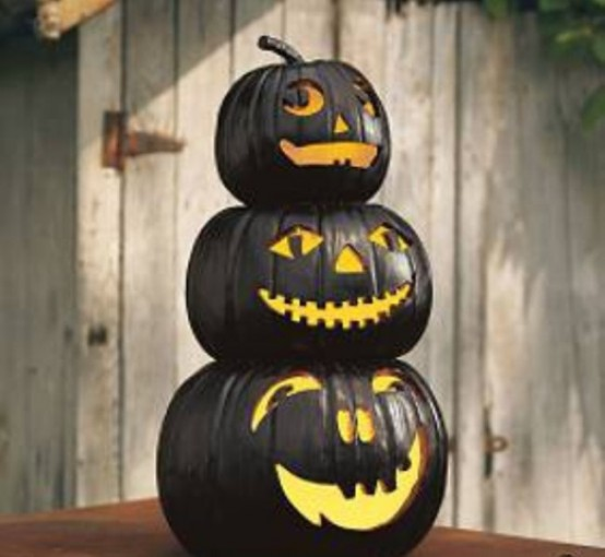 Black and white Halloween ideas24