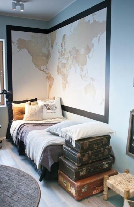 Maps as decorative objects8