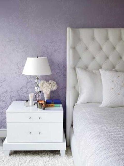 Purple decorative touches3