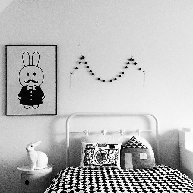 Black and white children's rooms ideas5