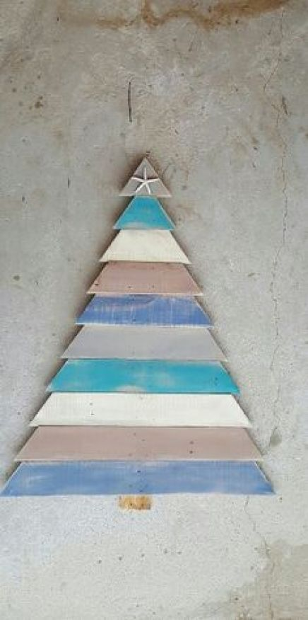 CHRISTMAS IDEAS with PALLETS16