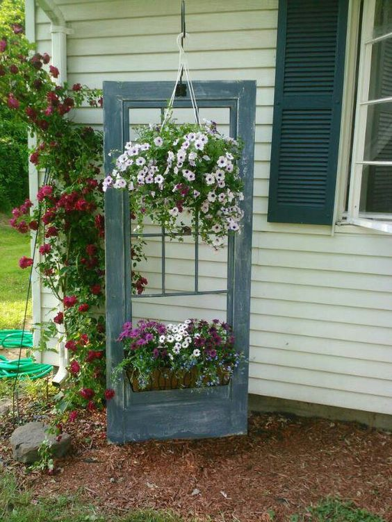 Decorate garden with recycling old doors3