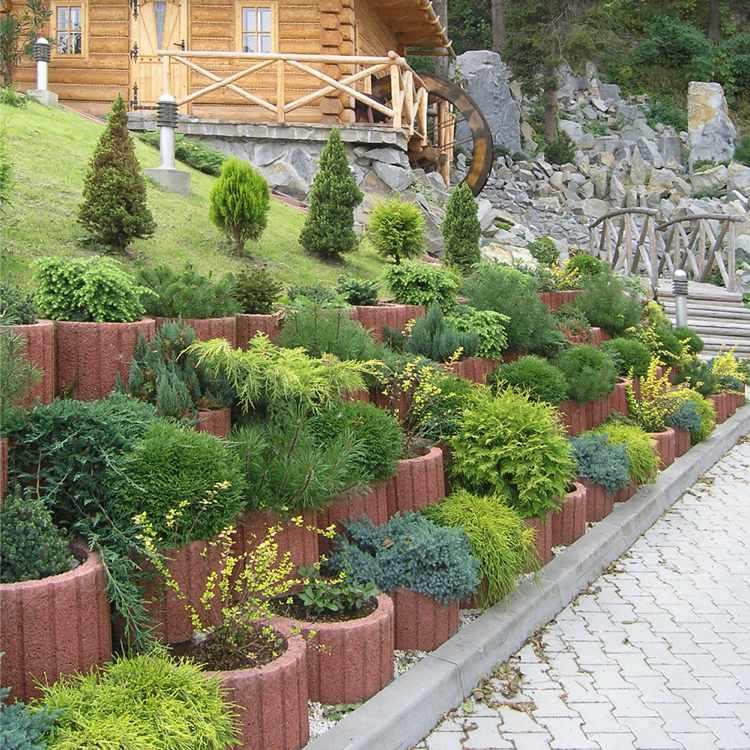 Concrete garden jardinières (18)