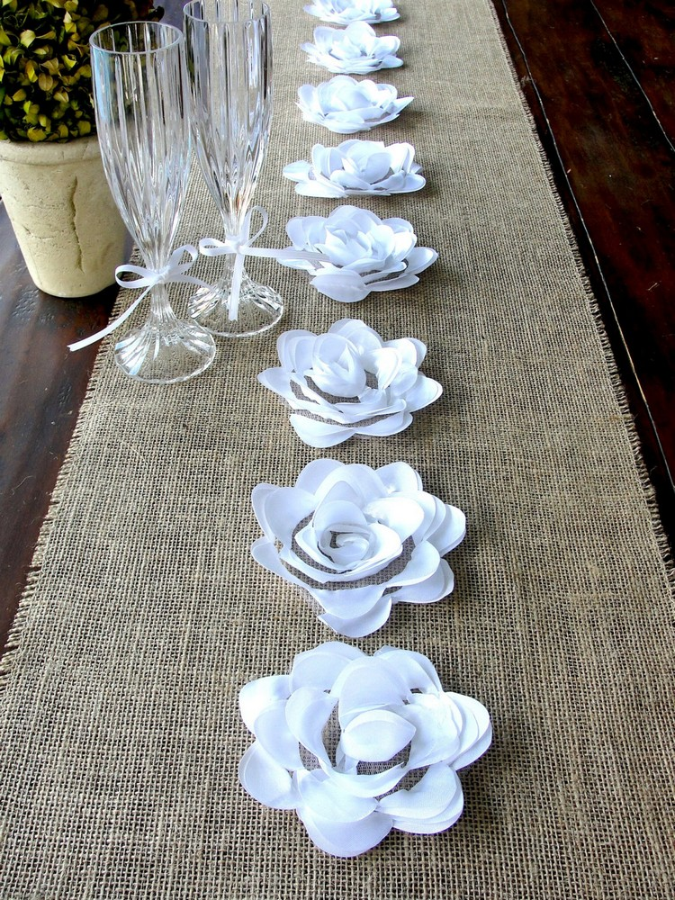 Burlap Table Runner ideas (13)