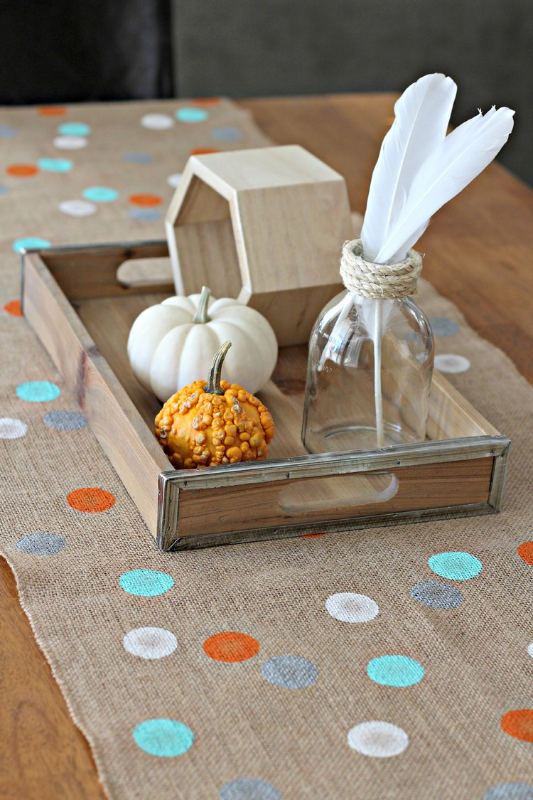Burlap Table Runner ideas (6)