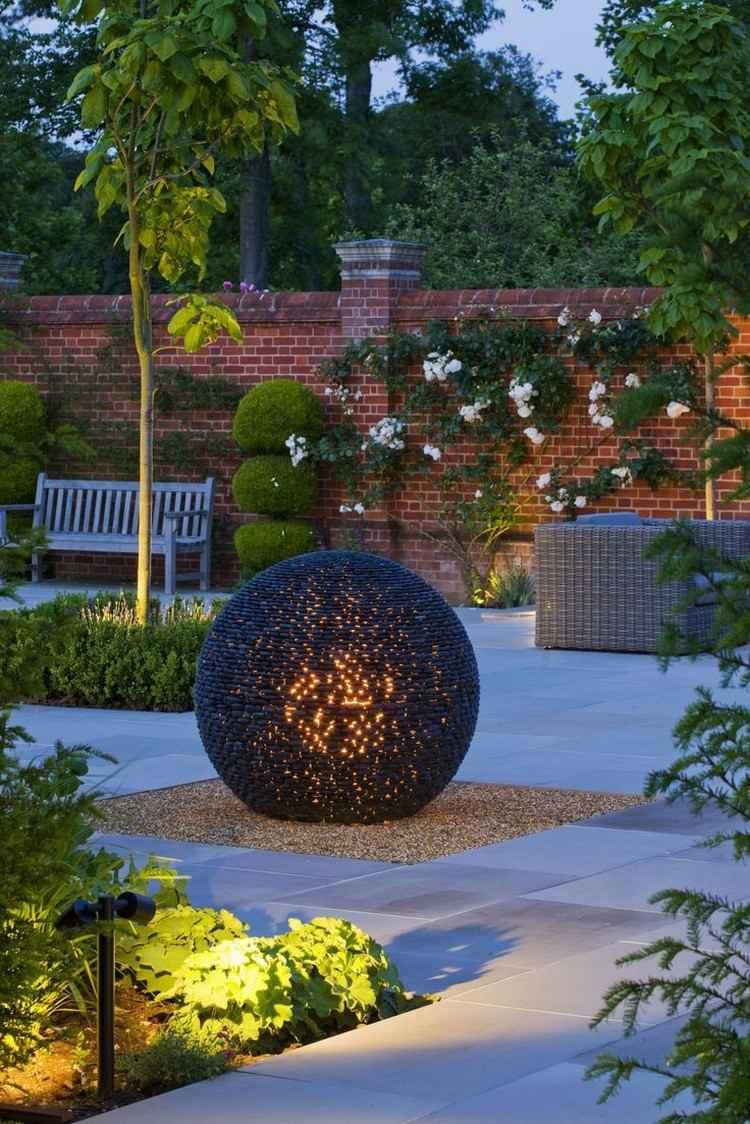 Modern sculpture for garden (4)