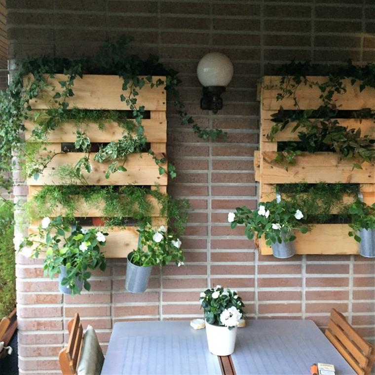 Pallet wooden planter ideas8