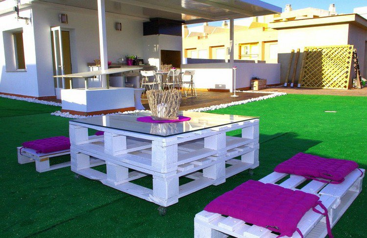 Garden Furniture from pallets1