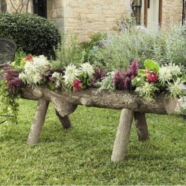 garden decoration with stumps and crates3