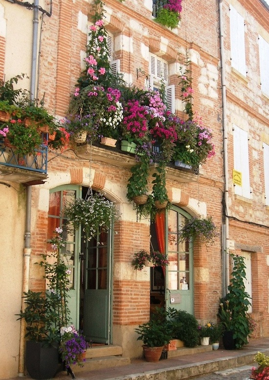 Flower balconies and windows31