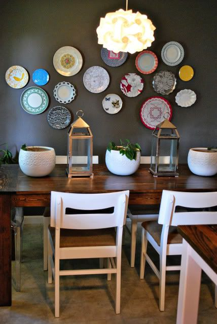 decorating walls with dishes11