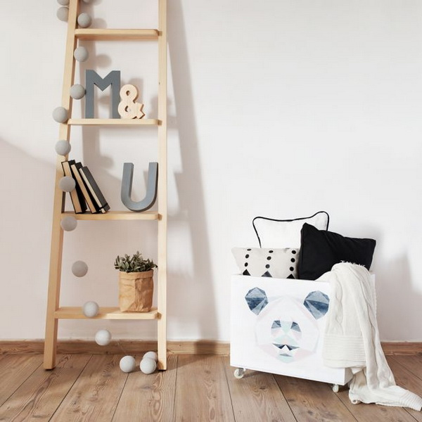 Decorating with ladders (4)